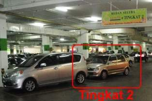 is tingkat 2 double parking